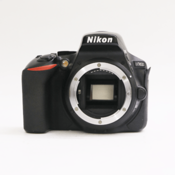 Nikon D5600 with 18-55mm VR Lens Sell Your Gadget